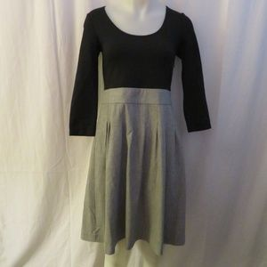 THEORY BLACK/GRAY 3/4 SLEEVE CONTRAST DRESS SIZE 8
